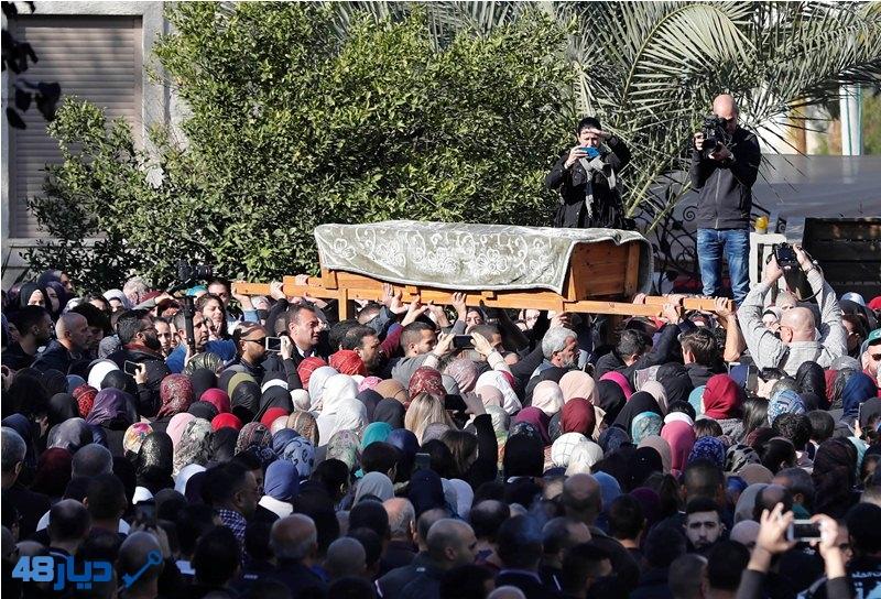 صور- الالاف يشيعون جثمان الطالبة ايه مصاروة من باقة الغربية الى مثواه الاخير في جنازة مهيبة