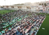 المئات من اهالي ام الفحم يؤدون صلاة العيد في الملعب البلدي