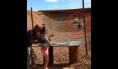 فيديو: شاهد مقطع صادم لطفلة تقتل مدربها بالرصاص