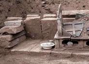 صندوق عمره 1000 عام يروي قصة رفات بوذا
