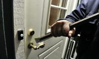 سرقة ثلاثة منازل دفعة واحدة في قرية زيمر
