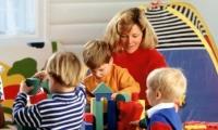 الحرمان من اللعب يسبب تراجعا في معدل ذكاء الطفل
