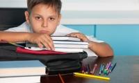 مشكلة الهروب من حل الواجبات المدرسية وحلها!!