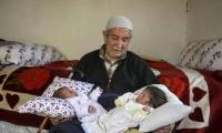 مسن تركي 85 عامًا يرزق بتوأم من زوجته الجديدة