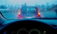 أيّها السائقون: إليكم النصائح في القيادة أثناء العاصفة