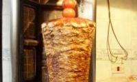 تسمم 25 فلسطني خلال افتتاح مطعم شاورما