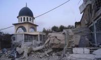 عصابات بشار تمنع صلاة الجمعة وتسرق أهالي حماة
