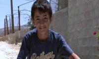 يحيى (11عام) طفل فلسطني نابغه وعبقري يحصل على مقعد في الكليه -فيديو