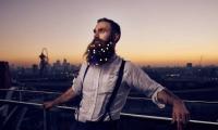 صور.. آخر صيحات لحى الرجال في عيد الميلاد...ما رأيكم؟