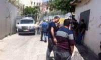 تمديد اعتقال مشتبه بقتل شقيقته أمام طفلها