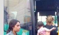 إنزال عربيين من حافلة بحجة خوف رضيع منهم