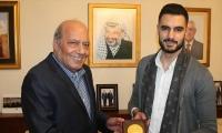 بالصور : السفارة الفلسطينية في عمان تحتفل بيعقوب شاهين