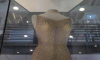بالفيديو: فستان مارلين مونرو بــ 4.8 مليون دولار