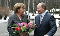 انطلاق مباحثات بوتين ميركل وماكرون في هامبورغ