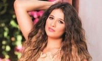 ياسمين عبدالعزيز تشن حرباً على منافسيها