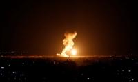 الجيش الإسرائيلي يشن غارات على غزة ردا على الصاروخ