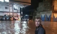 مصرع شاب- الأمطار تغرق عدة منازل في غزة