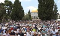 350 الف مصل بالأقصى في جمعة رمضان الثانية