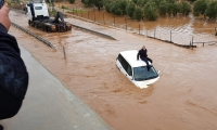 الفيضانات تسبب أضرارا جسيمة في المدن والقرى العربية