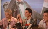 الفنان محمد عساف يترك غزة الى دبي مقر اقامته الجديد