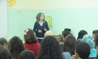 مدرسة غرناطة الثانوية تستضيف بروفيسور منى مارون ضمن شهر التميز العلمي