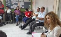 تمرير محاضرة لمخاطر المخدرات والكحول في مدرسة البيك كفركنا