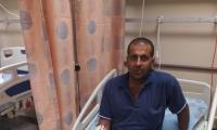 اصابة فحماوي اثر هجوم كلاب ضالة عليه وعضه بقدميه