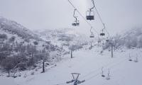 تراكم الثلوج بسمك 15 سنتمتر في جبل الشيخ