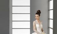 ما هي فساتين الأعراس التي تليق بالعروس الطويلة