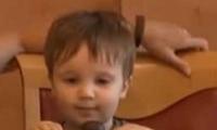 بالفيديو.. اختبار صبر الاطفال امام قطعة الشوكولاته هههههه