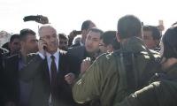 إسرائيل تحتجز للمرة الثانية موكب رئيس وزراء فلسطين