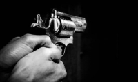 نتانيا: شرطي يقتل زوجته ويتصل بالشرطة لابلاغهم عن الجريمة