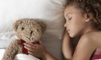تعرّفي على سرّ يجعل طفلك... ينام ليلاً