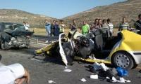 وفاة مواطنين وإصابة آخرين في حادث سير مروع جنوب نابلس