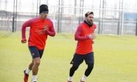 برشلونة يستأنف تدريباته استعدادا لمواجهة مونشنجلادباخ