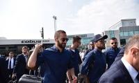 صور: لاعبو يوفنتوس يرتحلون إلى كارديف