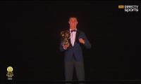 رونالدو يحقق الكرة الذهبية ويعادل رقم ميسي